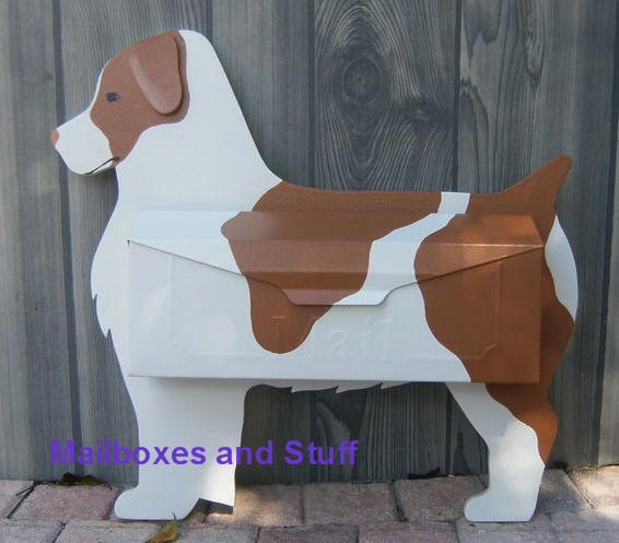 Wall mount Brittany Spaniel Mailbox