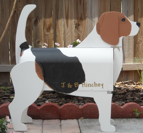 custom painted Beagle mailbox