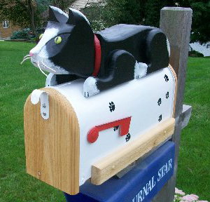 Woodendipity Cat mailbox