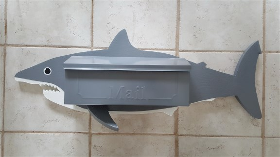 Great White Wall mount mailbox