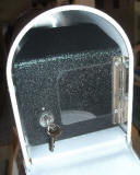 Keep your mail SAFE and SECURE with our NEW Locking option